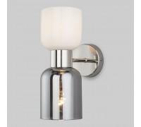 Настенный светильник со стеклянными плафонами 60118/2 никель