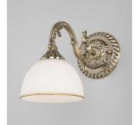 Классическое бра со стеклянным плафоном 60106/1 античная бронза