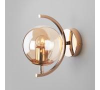 Настенный светильник со стеклянным плафоном 50072/1B золото